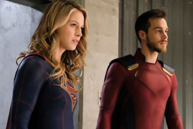 Kara and mon el supergirl