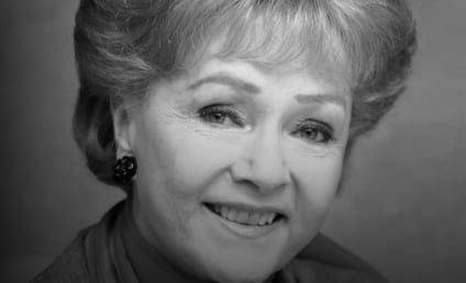 Debbie Reynolds: Mourned, Honored by Hollywood