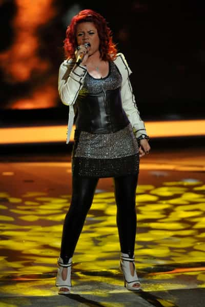 Allison Iraheta Performance Photo