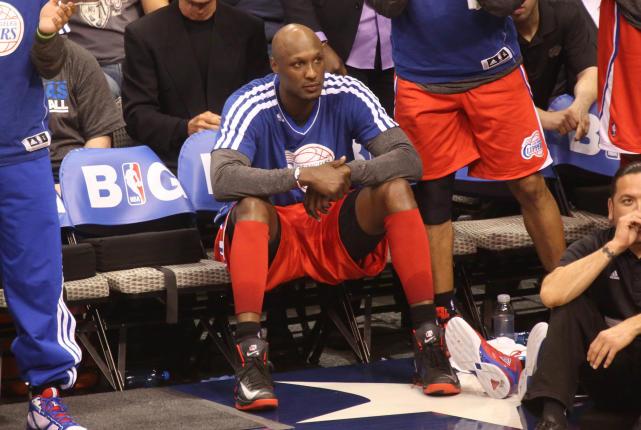 Lamar odom on bench
