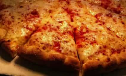 Woman Dials 911 Over Mistaken Pizza Order