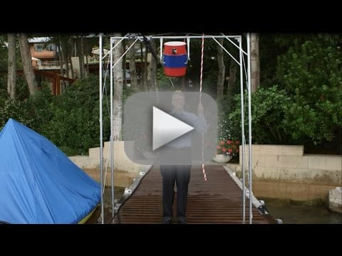 Bill Gates Takes Ice Bucket Challenge