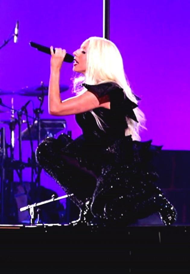 Gaga Does Squat
