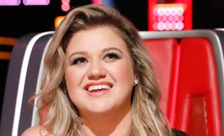 Kelly Clarkson as Voice Coach