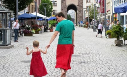Dad Who Wears Skirts in Solidarity With Dress-Wearing Son: Awesome or Over the Top?