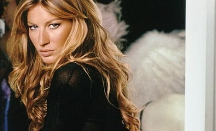 Gisele Bundchen Establishes Herself as Hottest Patriots Play Thing