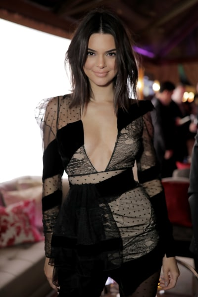 Kendall Jenner, Golden Globes Viewing Party