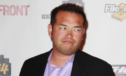 Breaking Douchebag News: Jon Gosselin Tattoo Features, Misspells Ellen Ross' Name