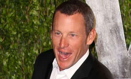 Lance Armstrong Apologizes to Livestrong Staff