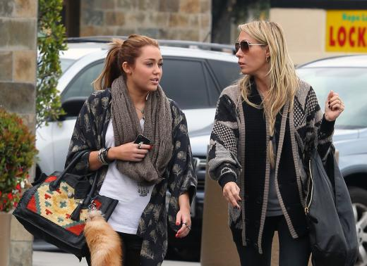 Miley and Tish