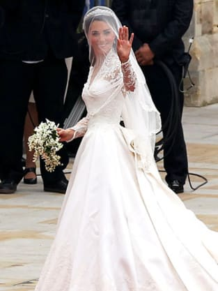 Kim Kardashian Wedding Dress: A Replica of Kate Middleton Gown ...