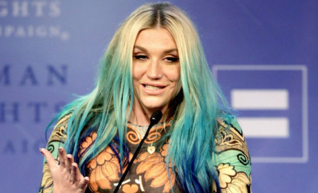 Kesha Appears Drunk While Accepting Award, Fans Express Their Concerns Online