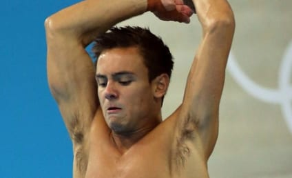 Tom Daley Threatened by Moronic Twitter User, Arrest Made