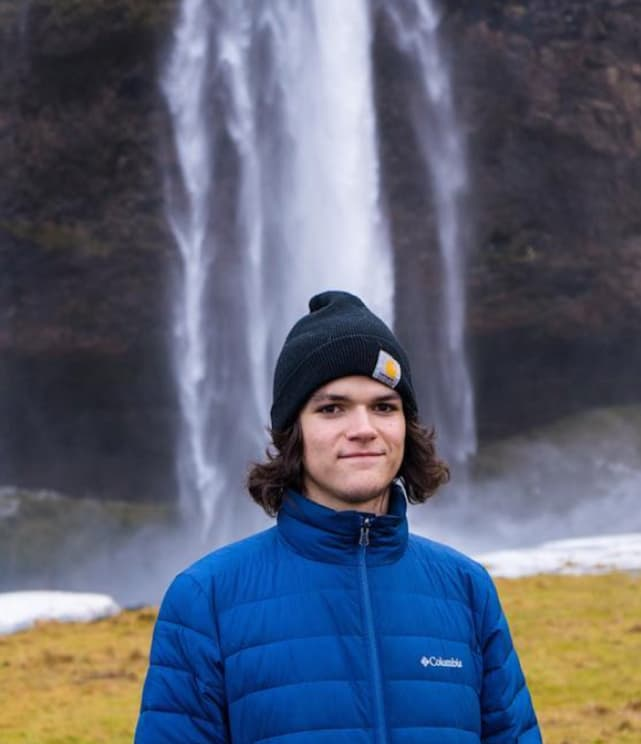 Jacob roloff outside