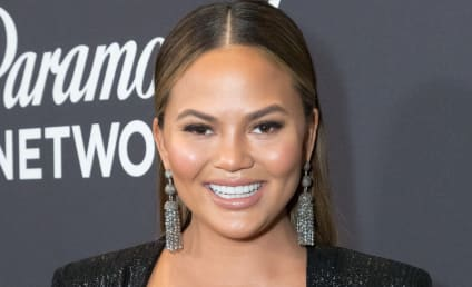 Chrissy Teigen Poses Topless and Pregnant, Delights Fans