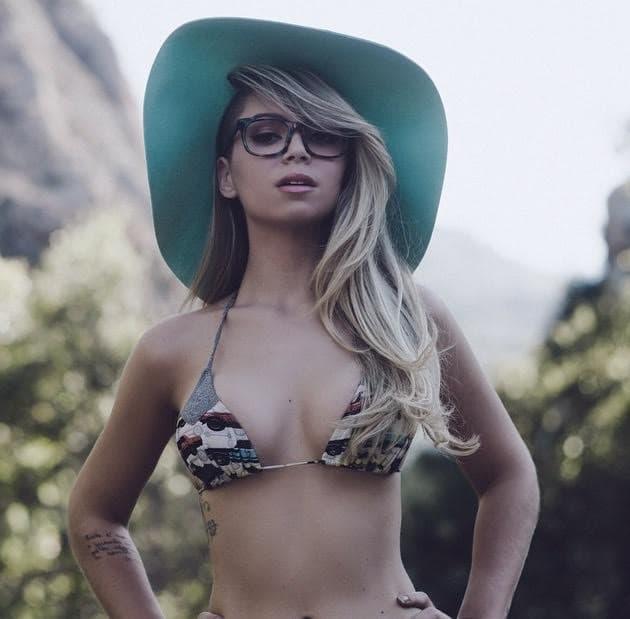 Annalu Cardoso Bikini Photo