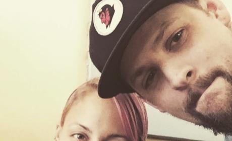 Nicole Richie and Joel Madden Selfie