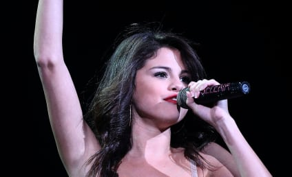 "Selena Gomez Debuts ""Justin"" Tattoo: Sweet or Stupid?"