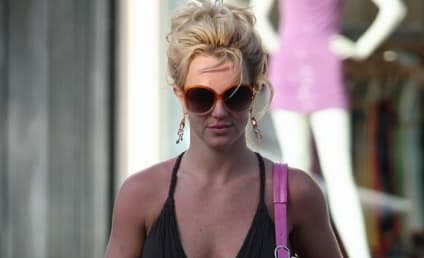 Hit-and-Run Charge Against Britney Spears Dropped; Singer's Pants Soon to Follow