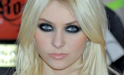 Happy Birthday, Taylor Momsen!