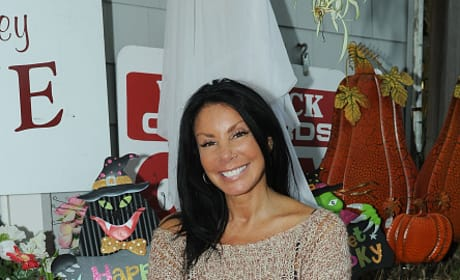 Danielle Staub Attends Wine Tasting In New Jersey