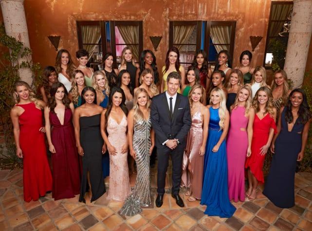 The bachelor season 22 group shot