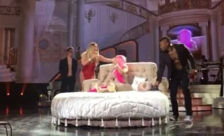Blac Chyna Gets Lap Dance On Stage at Mariah Carey Concert: WATCH!