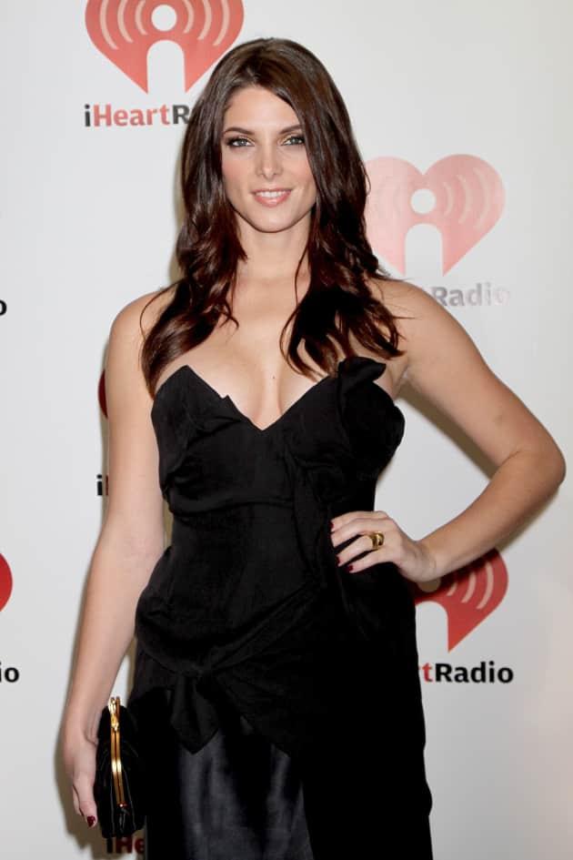Ashley Greene Red Carpet Pose