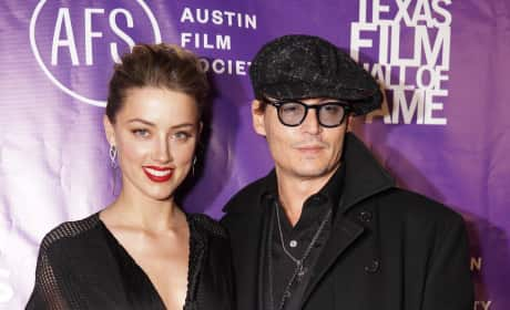 Amber Heard and Johnny Depp Image