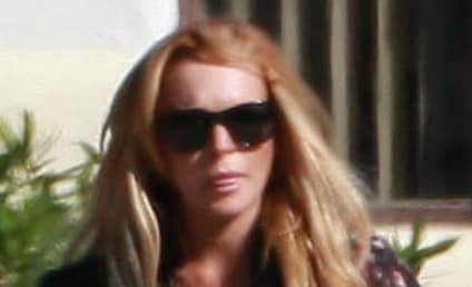 Lindsay Lohan to Paparazzi: Back Off!