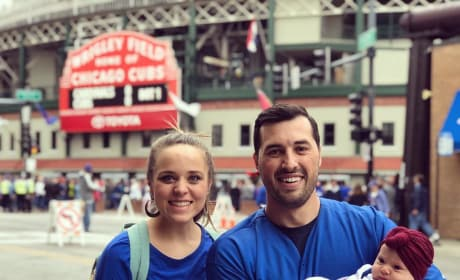 Jinger Duggar, Jeremy Vuolo, and Baby Felicity at a Cubs Game