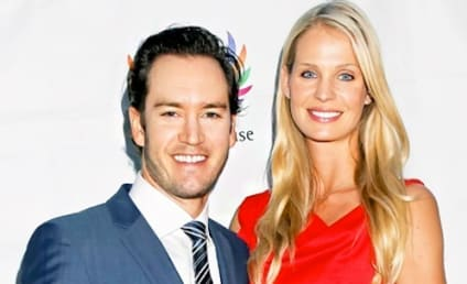 Mark-Paul Gosselaar and Catriona McGinn: Expecting!