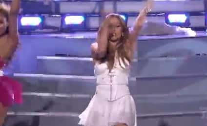 """Jennifer Lopez and Pitbull """"Live It Up"""" on American Idol Finale"""