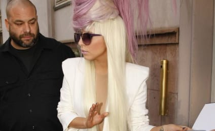 Lady Gaga Debuts Hair Phone