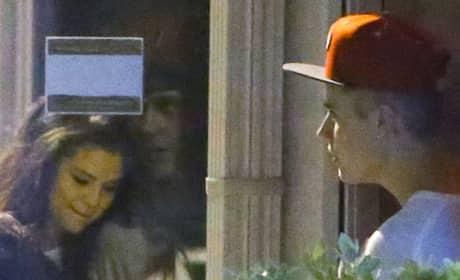 Bieber and Gomez in Miami