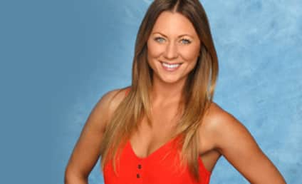 Renee Oteri: Engaged to Mystery Man!