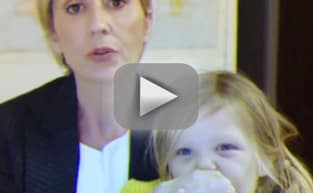 Woman Parodies BBC Interview, Shows World How a Working Mom Rolls