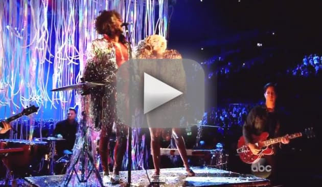 Miley Cyrus Billboard Music Awards Performance 2014