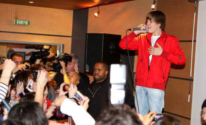 Justin Bieber Pictures: Too Cute To Be True?