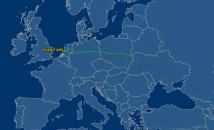 Malaysia Airlines Plane Crashes Near Border of Russia, Ukraine