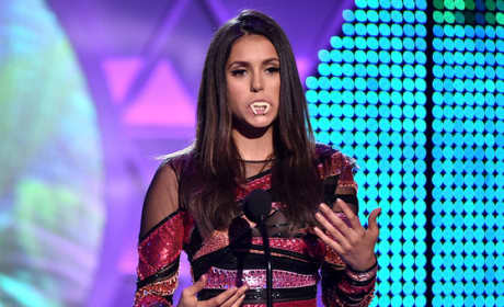 Nina Dobrev Chokes Up at Teen Choice Awards