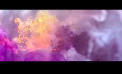 "Kelly Clarkson Music Video Release: ""Catch My Breath"""