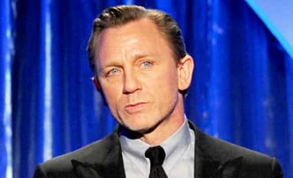 Daniel Craig Shuts Down Reporter, Refuses to Pout