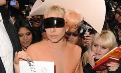 """Lady Gaga Rumor of the Week: Singer Had Leg Amputated """"To Be Different"""""""