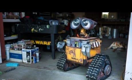 Making a Real Life-Size Wall-E Robot