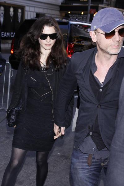 Daniel Craig and Rachel Weisz Pic