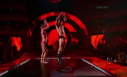 Kelly Monaco Strips Down, Steals Show on Dancing with the Stars Anniversary Special