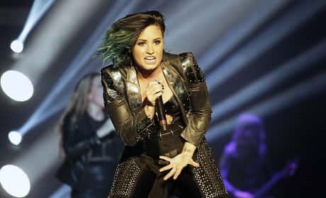Demi Lovato Rocks Out