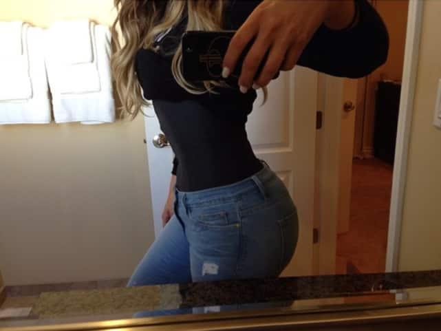 Khloe Kardashian Waist Pic