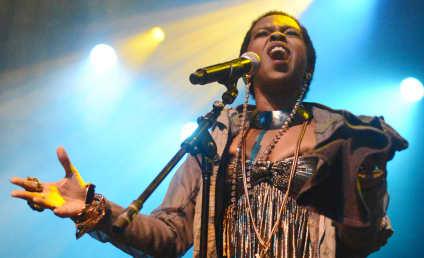 Lauryn Hill: In Prison!